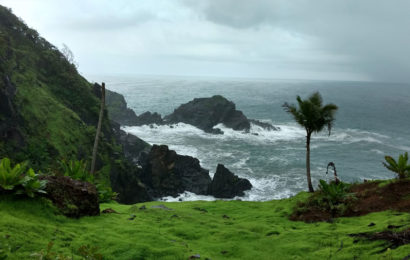 Verdant hillsides, innumerable waterfalls and pristine beaches is what the real Goa is all about! Image Source Outdoers